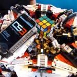 Robotul CubeStormer3 a asmablat cubul lui Rubik într-un timp record
