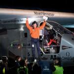 Avionul Solar Impulse 2, alimentat cu energie solară, a finisat călătoria peste Oceanul Pacific