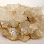 Magnezit - mineral ce poate elimina CO2 din atmosferă
